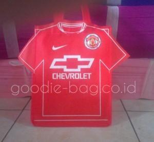 Tas Baju Bola Manchester United Chevrolet