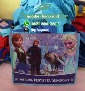 Tas Souvenir Anak Frozen