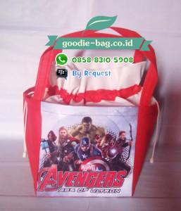 Tas Ultah Anak Avengers Serut