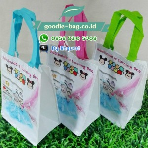 Goodie Bag Ultah Tsum Tsum